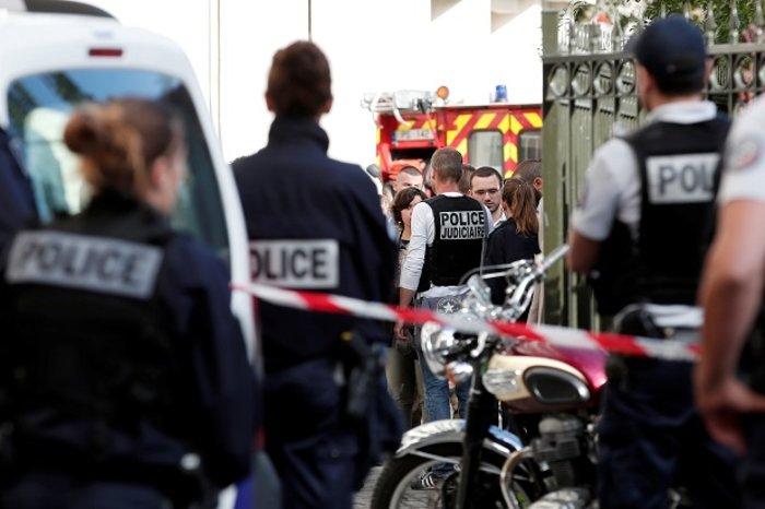 Όχημα έπεσε πάνω σε γάλλους στρατιώτες στο Παρίσι, έξι τραυματίες (ΒΙΝΤΕΟ) - εικόνα 3
