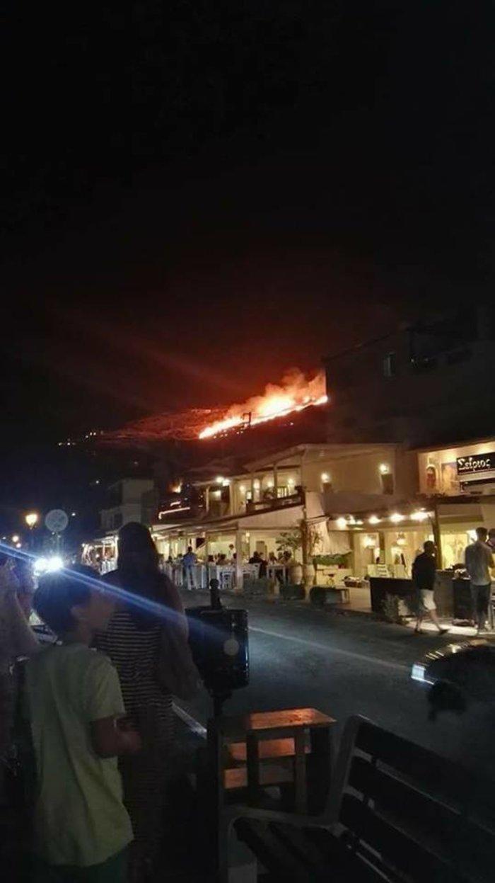 Πυρκαγιά στη Τζιά -Στην περιοχή Βουρκάρι
