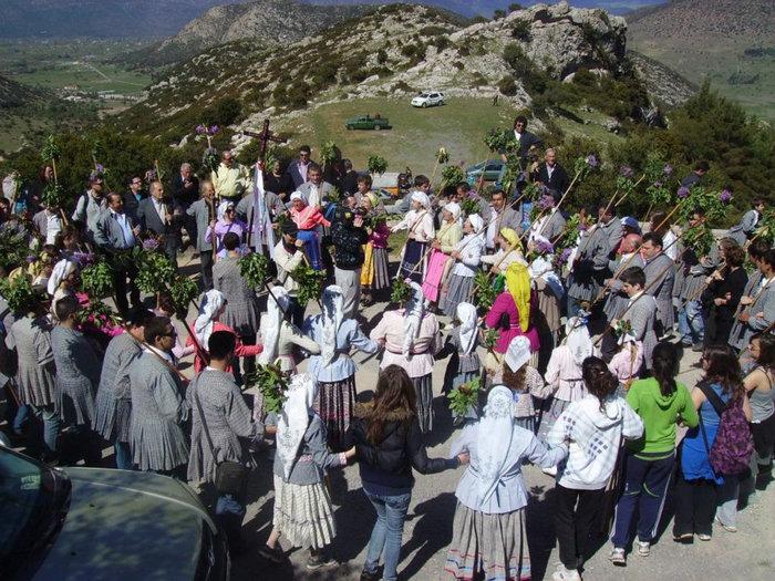 Εδώ ειν΄ αλώνι για χορό!Η μεγάλη γιορτή λήξης του Φεστιβάλ σε Επίδαυρο