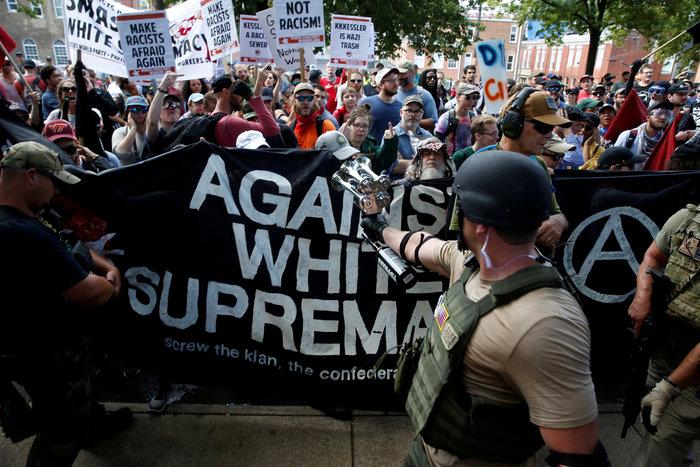 Συναγερμός στις ΗΠΑ μετά τις συγκρούσεις στην Βιρτζίνια - εικόνα 2