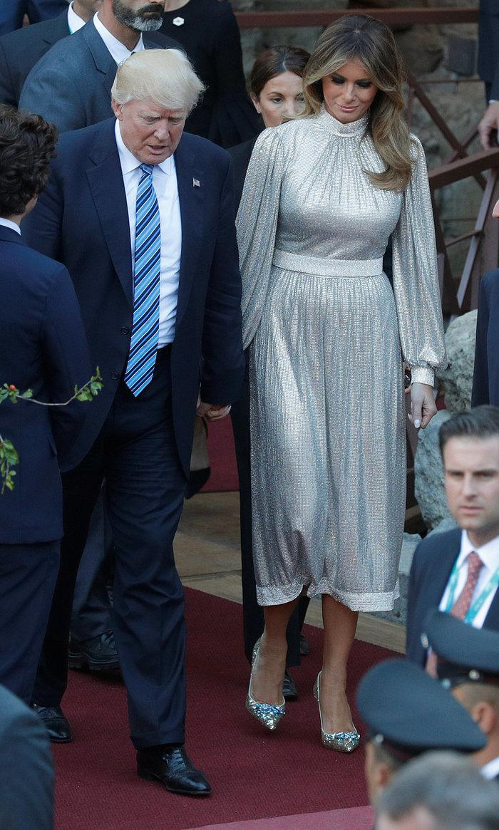 Περισσότερο από τη Vogue, η Μελάνια διαμορφώνει τη μόδα στον πλανήτη - εικόνα 7