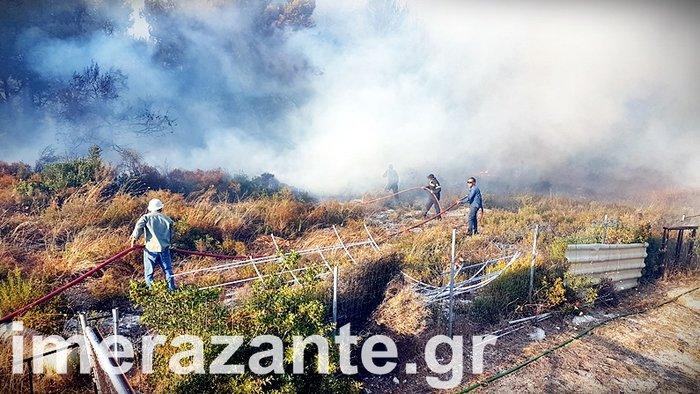Συνεχείς οι αναζωπυρώσεις στα μέτωπα της φωτιάς στην Ζάκυνθο