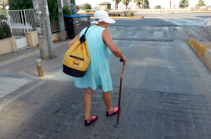 Δεκαπενταύγουστος στην άδεια Αθήνα και στην έρημη παραλιακή - εικόνα 6
