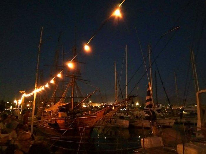 Επιστροφή στην πόλη; Μια βραδιά στο Skipper's