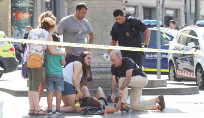 Βαρκελώνη: Τρομοκρατική επίθεση με 13 νεκρούς & 80 τραυματίες - εικόνα 6
