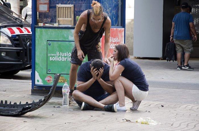 Ο τρόμος επέστρεψε στην Ισπανία: Μακελειό με 13 νεκρούς - εικόνα 8