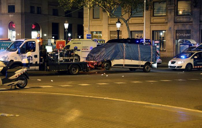 Τρόμος πάνω από την Ισπανία μετά το διπλό χτύπημα του ISIS - εικόνα 2