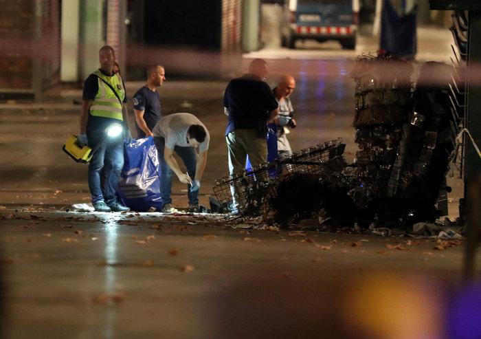 Σοκ: Ήθελαν να χρησιμοποιήσουν φιάλες βουτανίου στην επίθεση στη Βαρκελώνη