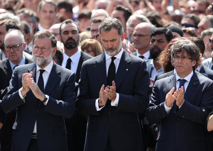 Μεγαλειώδης συγκέντρωση κατά της τρομοκρατίας στη Βαρκελώνη - εικόνα 5