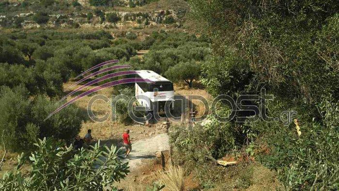 Σοκαριστικό τροχαίο με έναν νεκρό και τραυματίες στην Κρήτη - εικόνα 4