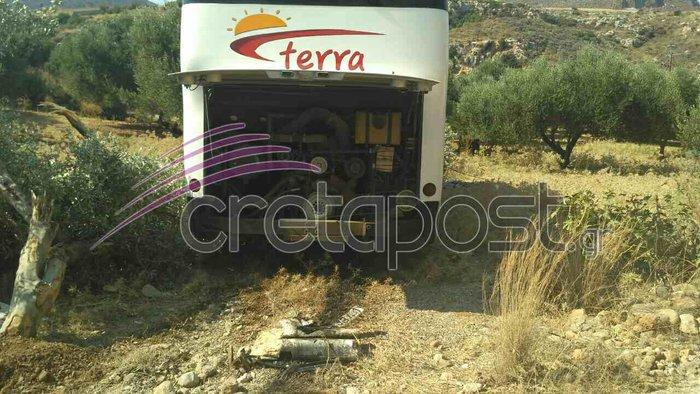 Σοκαριστικό τροχαίο με έναν νεκρό και τραυματίες στην Κρήτη - εικόνα 5