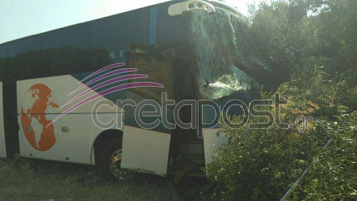 Σοκαριστικό τροχαίο με έναν νεκρό και τραυματίες στην Κρήτη - εικόνα 6