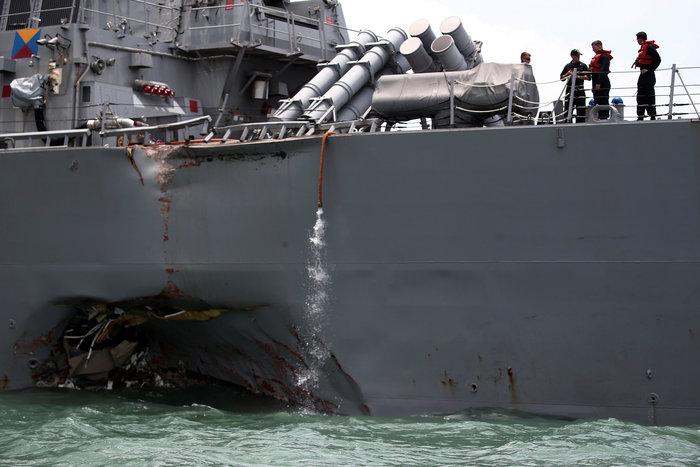 Σύγκρουση αντιτορπιλικού των ΗΠΑ με δεξαμενόπλοιο: Δέκα αγνοούμενοι