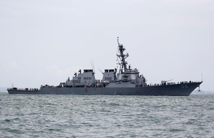 Σύγκρουση αντιτορπιλικού των ΗΠΑ με δεξαμενόπλοιο: Δέκα αγνοούμενοι - εικόνα 4