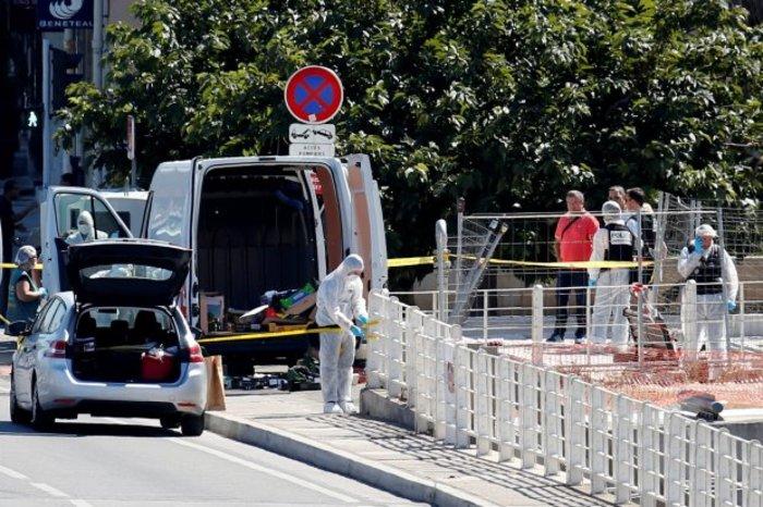 Αυτοκίνητο έπεσε πάνω σε πεζούς στη Μασσαλία, ένας νεκρός [video] - εικόνα 2