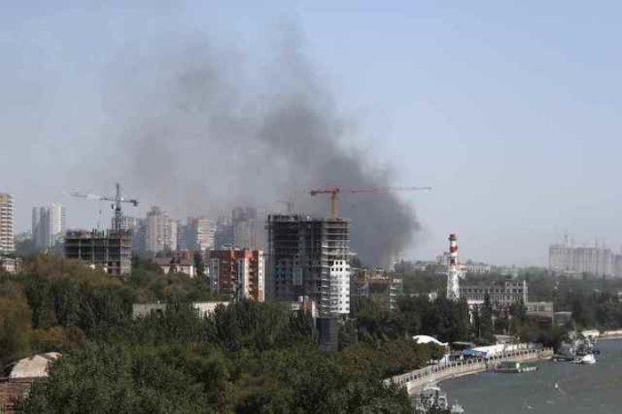 Ρωσία: Στις φλόγες 30 σπίτια στο Ροστόφ, εκκενώθηκε συνοικία