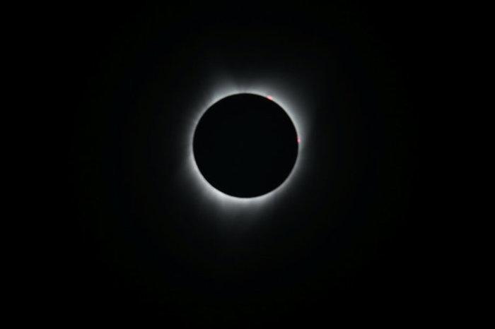 Οι πρώτες εικόνες από την ηλιακή έκλειψη στις 14 πολιτείες των ΗΠΑ - εικόνα 7
