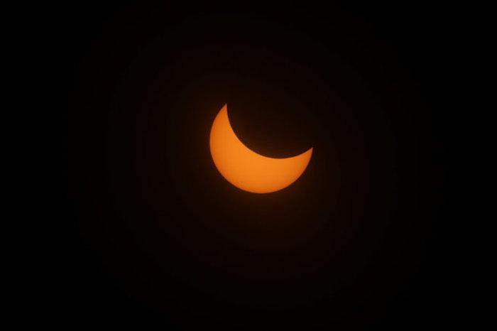 Οι πρώτες εικόνες από την ηλιακή έκλειψη στις 14 πολιτείες των ΗΠΑ - εικόνα 15
