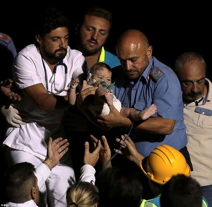 Σεισμός 4 Ρίχτερ στην Ιταλία με 2 νεκρούς και 39 τραυματίες - εικόνα 7
