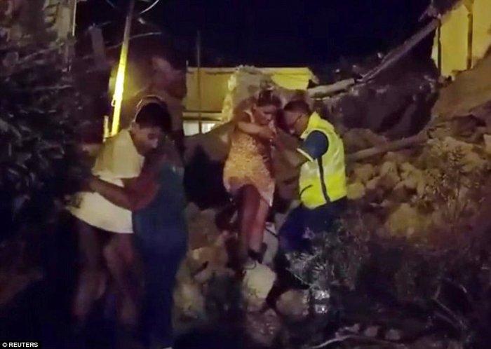Σεισμός 4 Ρίχτερ στην Ιταλία με 2 νεκρούς και 39 τραυματίες - εικόνα 11