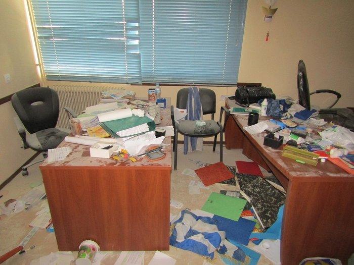 Εσπασαν και έκλεψαν σχολείο που πάνε Ρομά στο Αγρίνιο (φωτό) - εικόνα 2