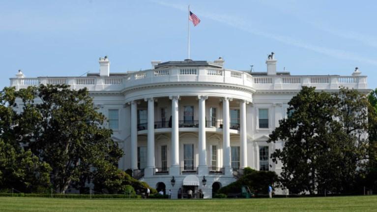 Συναγερμός στον Λευκό Οίκο - Πληροφορίες για ύποπτο δέμα