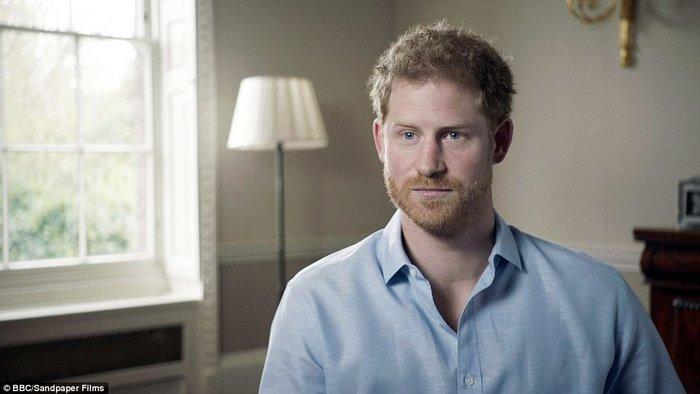 Συγκινεί ο πρίγκιπας Χάρι: Η στιγμή που μάθαμε ότι η μητέρα μας ήταν νεκρή