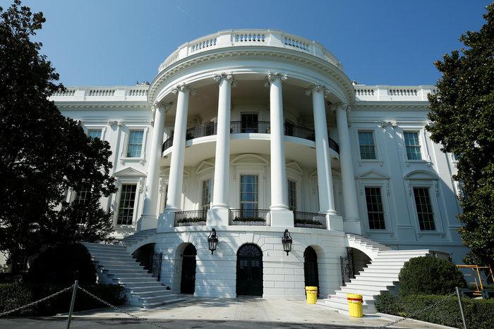 Ο Λευκός Οίκος άλλαξε: Ο Ντόναλντ Τραμπ ανακαίνισε το «αχούρι»