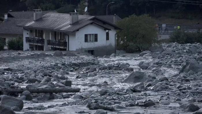 Συγκλονιστικές φωτογραφίες από τις κατολισθήσεις στις Αλπεις - εικόνα 4