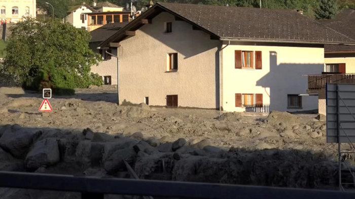 Συγκλονιστικές φωτογραφίες από τις κατολισθήσεις στις Αλπεις - εικόνα 12