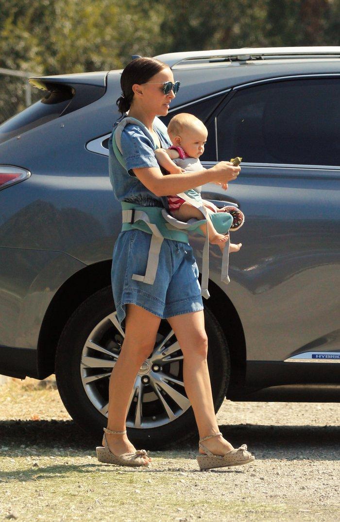 H Nάταλι Πόρτμαν με την κόρη της Αμαλία - Splash