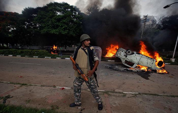 Ινδία: 32 νεκροί απο ταραχές με αφορμή τον βιασμό 2 γυναικών -βίντεο - εικόνα 3
