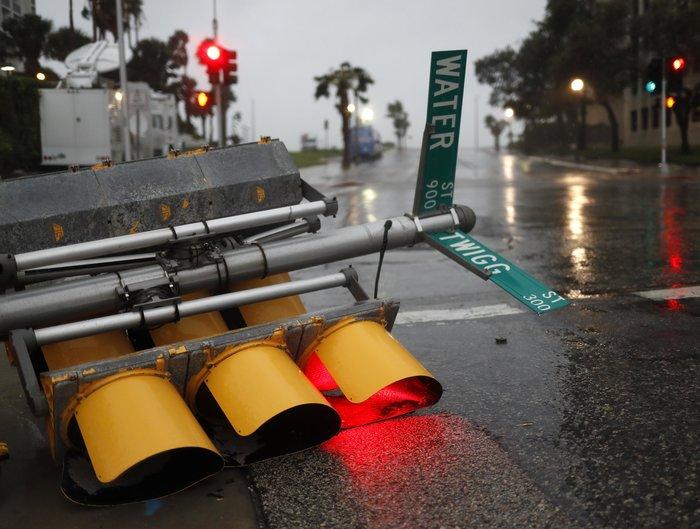 O τυφώνας Χάρβεϊ έβγαλε ως και τους... κροκόδειλους στο δρόμο! - εικόνα 3