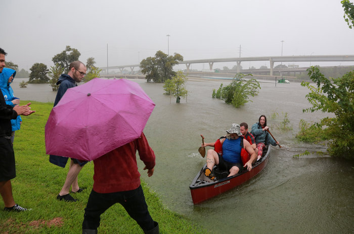 Πλωτές... πόλεις στο Τέξας μετά τον τυφώνα Χάρβεϊ [ΕΙΚΟΝΕΣ] - εικόνα 2