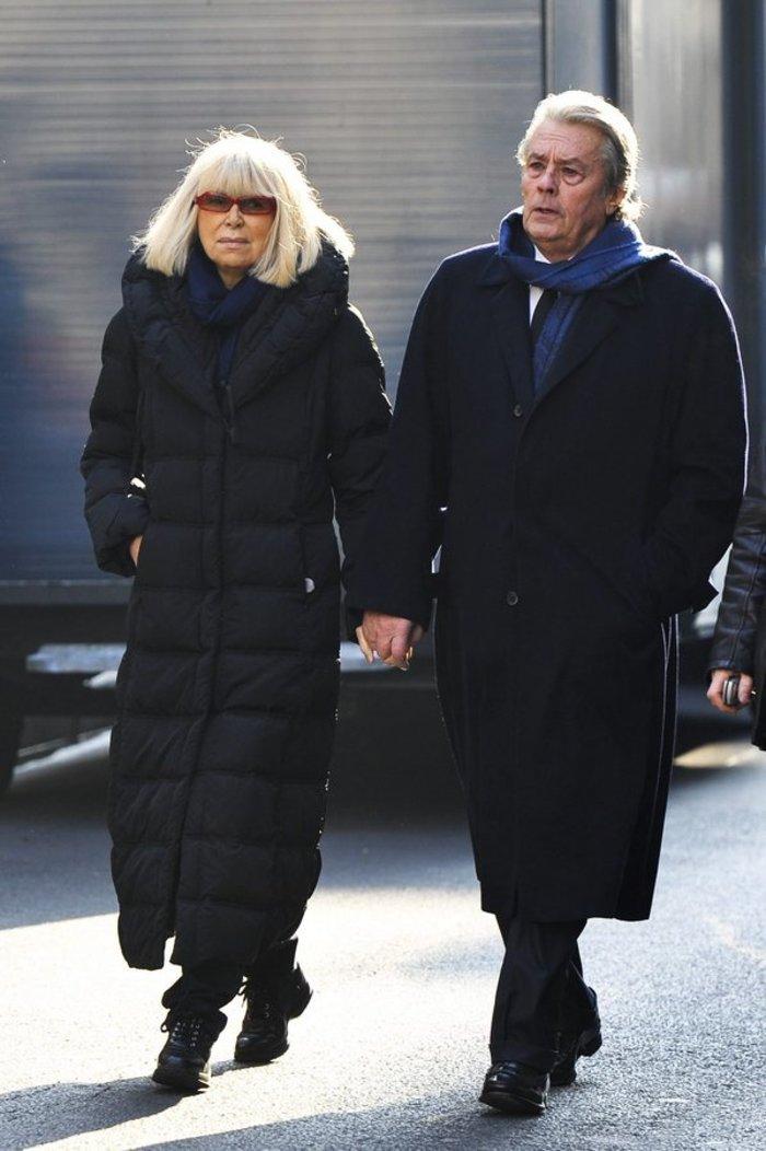 Πέθανε η ηθοποιός Μιρέιγ Νταρκ, σύντροφος του Αλέν Ντελόν - εικόνα 2