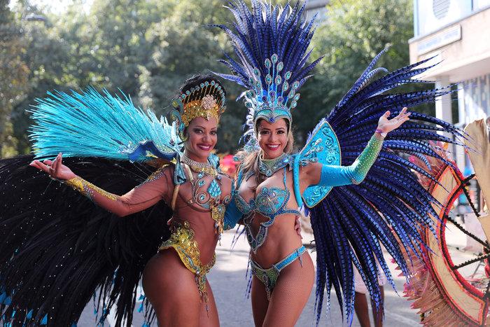 Καρναβάλι Ν.Χιλ: Αυτό είναι το μεγαλύτερο street part του κόσμου φωτό - εικόνα 3