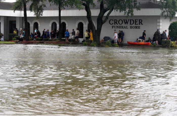 Τουλάχιστον οκτώ νεκροί και απέραντη καταστροφή στο Τέξας [ΕΙΚΟΝΕΣ] - εικόνα 6