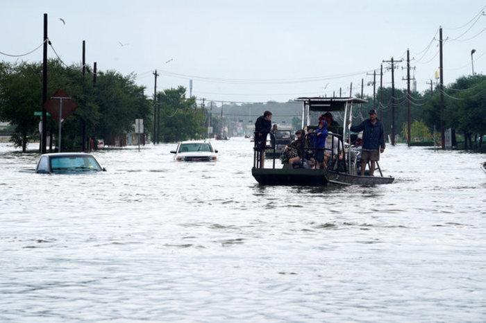 Τουλάχιστον οκτώ νεκροί και απέραντη καταστροφή στο Τέξας [ΕΙΚΟΝΕΣ] - εικόνα 9