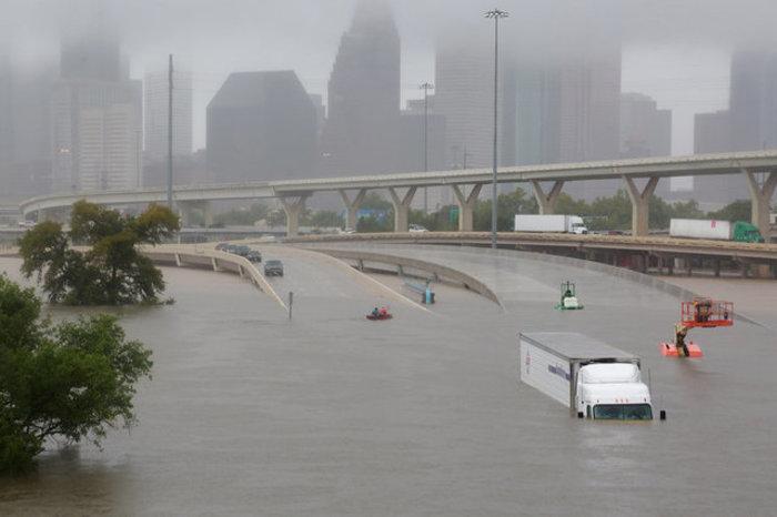 Τουλάχιστον οκτώ νεκροί και απέραντη καταστροφή στο Τέξας [ΕΙΚΟΝΕΣ] - εικόνα 11
