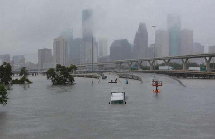 Τουλάχιστον οκτώ νεκροί και απέραντη καταστροφή στο Τέξας [ΕΙΚΟΝΕΣ] - εικόνα 12