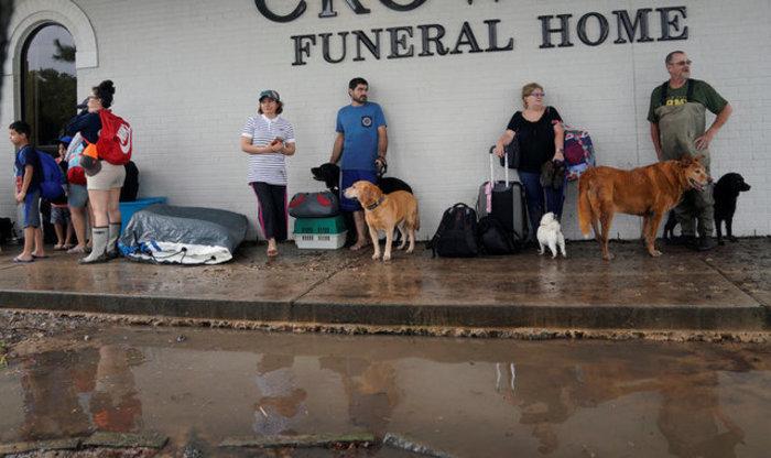 Τουλάχιστον οκτώ νεκροί και απέραντη καταστροφή στο Τέξας [ΕΙΚΟΝΕΣ] - εικόνα 22
