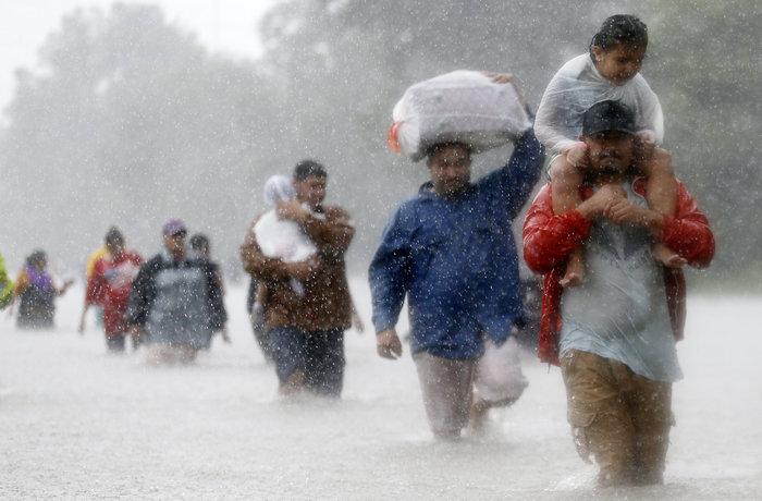 Τυφώνας Χάρβεϊ: Σε καταφύγιο 30.000 άνθρωποι, 450.000 χρειάζονται βοήθεια
