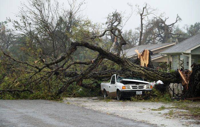 Τουλάχιστον οκτώ νεκροί και απέραντη καταστροφή στο Τέξας [ΕΙΚΟΝΕΣ]