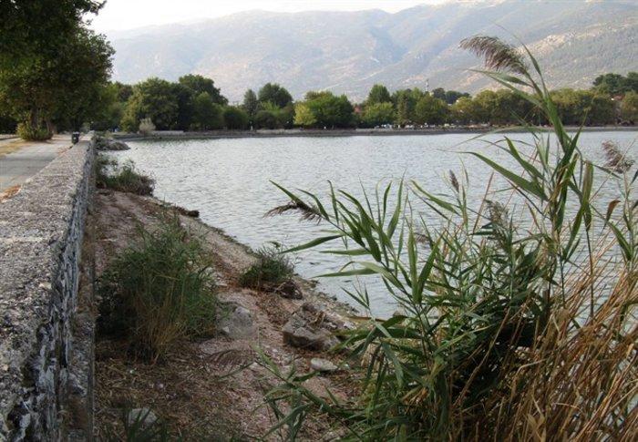 Απίστευτο: Στεγνώνει η λίμνη Ιωαννίνων λόγω ανομβρίας