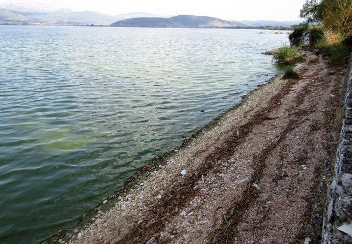 Απίστευτο: Στεγνώνει η λίμνη Ιωαννίνων λόγω ανομβρίας - εικόνα 2