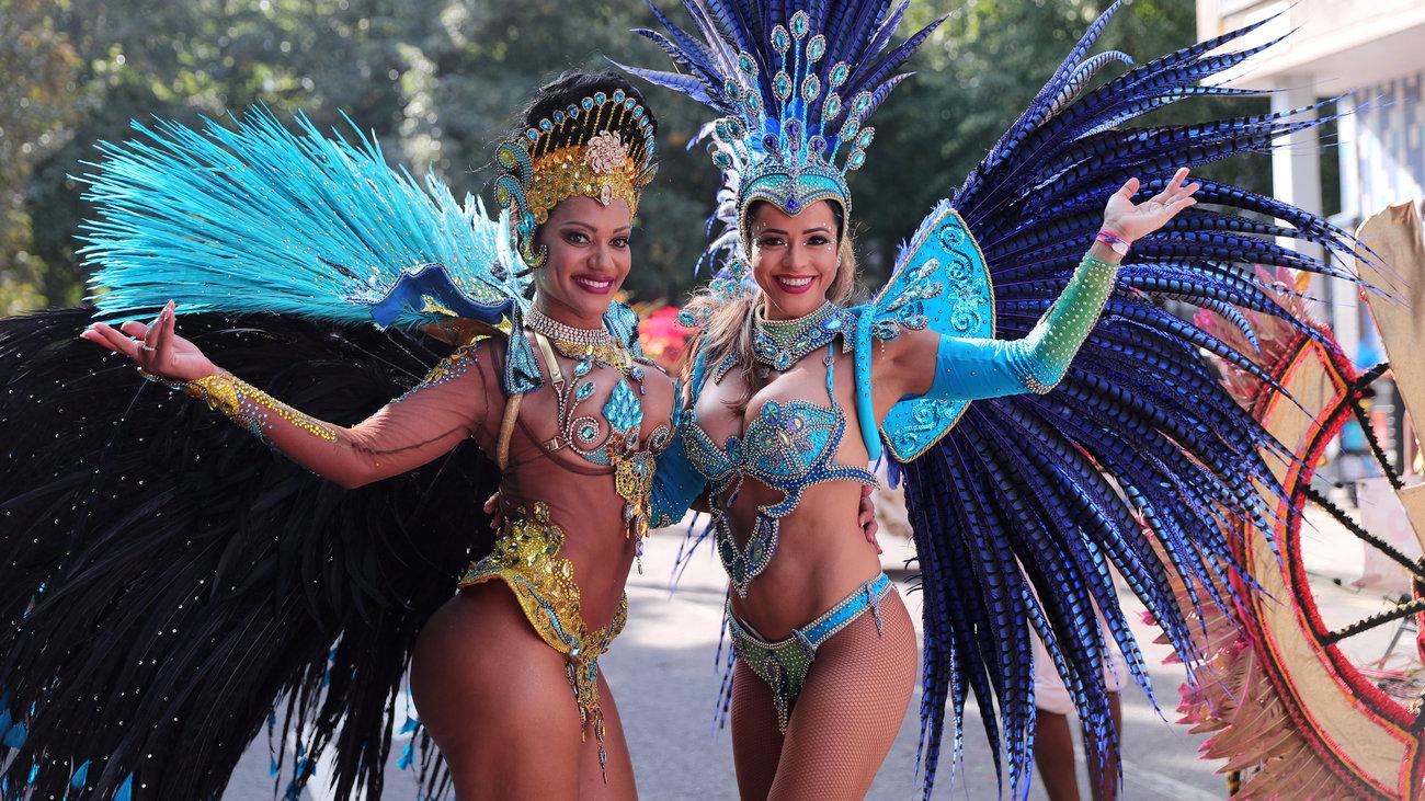 karnabali-nxil-to-megalutero-street-party-tou-kosmou
