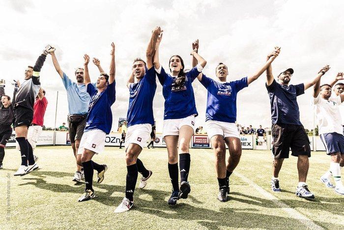 Η Εθνική Αστέγων δίνει την πρώτη της μάχη στα γήπεδα του Όσλο - εικόνα 2