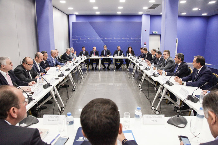 Μητσοτάκης: Ιδιωτικός τομέας & επενδύσεις θα φέρουν καλοπληρωμένες δουλειές - εικόνα 2