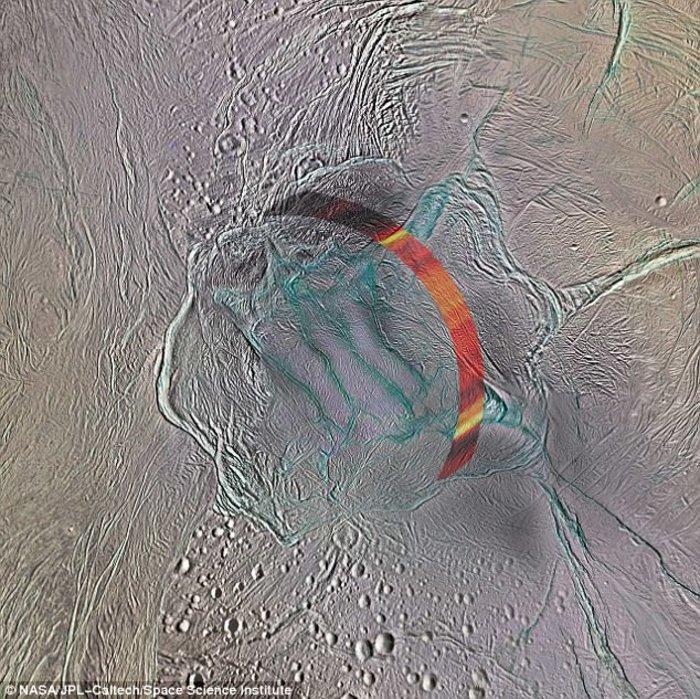 Ο Cassini σε μια τελευταία βουτιά στους δακτυλίους του Κρόνου - εικόνα 3