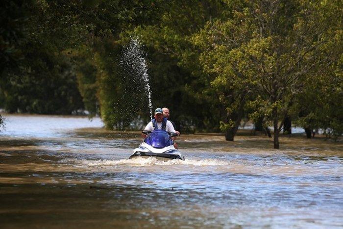 Μειώνεται η στάθμη των νερών στο Χιούστον - Ζημιές σε 40.000 σπίτια (ΦΩΤΟ) - εικόνα 7